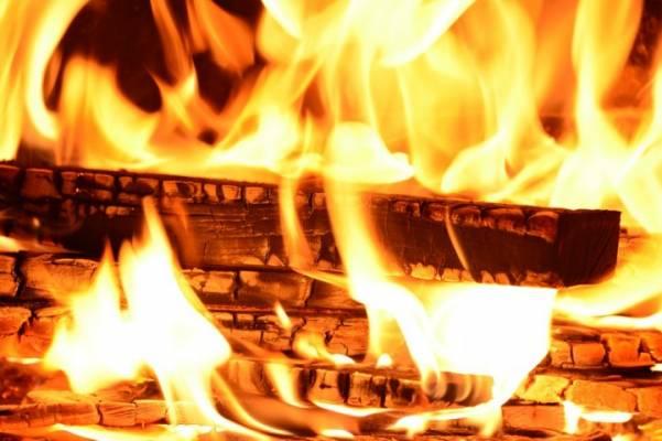 kaune-kilus-gaisrui-truko-centrinio-sildymo-vamzdis