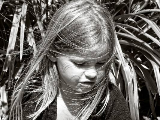 mitai-apie-smurta-pries-vaikus