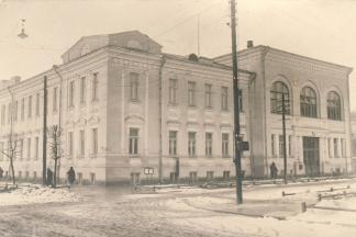 https://www.kaunieciams.lt/wp-content/uploads/2017/03/ktu-muziejus-kviecia-i-atviru-paskaitu-cikla-nepatogi-universiteto-istorija.jpg