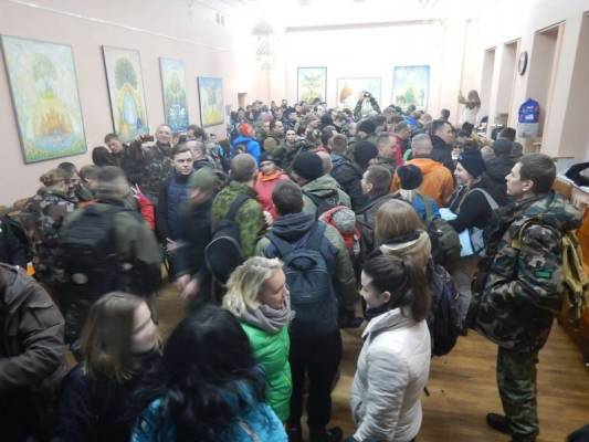 https://www.kaunieciams.lt/wp-content/uploads/2017/03/naktinio-zygio-entuziastai-zygiavo-tauro-apygardos-partizanu-takais.jpg
