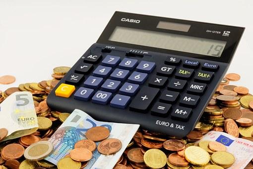 finansiniai-santykiai-tarp-draugu-slegia-itampa-ir-baime
