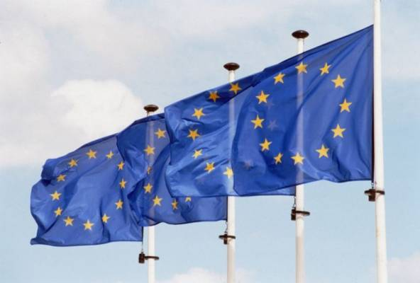 https://www.kaunieciams.lt/wp-content/uploads/2017/04/paslaugu-ir-gaminiu-dizaino-sprendimams-diegti-15-mln-euru-es-investiciju.jpg