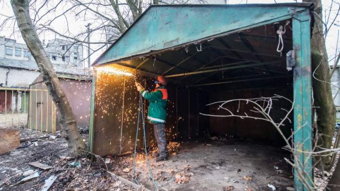 https://www.kaunieciams.lt/wp-content/uploads/2017/06/musis-del-svaresnio-kauno-liko-maziau-nei-400-metaliniu-garazu.jpg