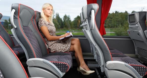 nardymo-kostiumas-vestuvinis-ziedas-ar-net-dantu-protezai-ka-keleiviai-uzmirsta-autobusuose