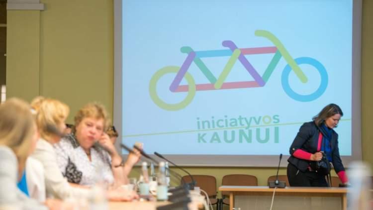 https://www.kaunieciams.lt/wp-content/uploads/2018/08/iniciatyvos-kaunui-stiprina-ekspertu-pajegas-ir-kviecia-prisijungti-naujus-vertintojus.jpg
