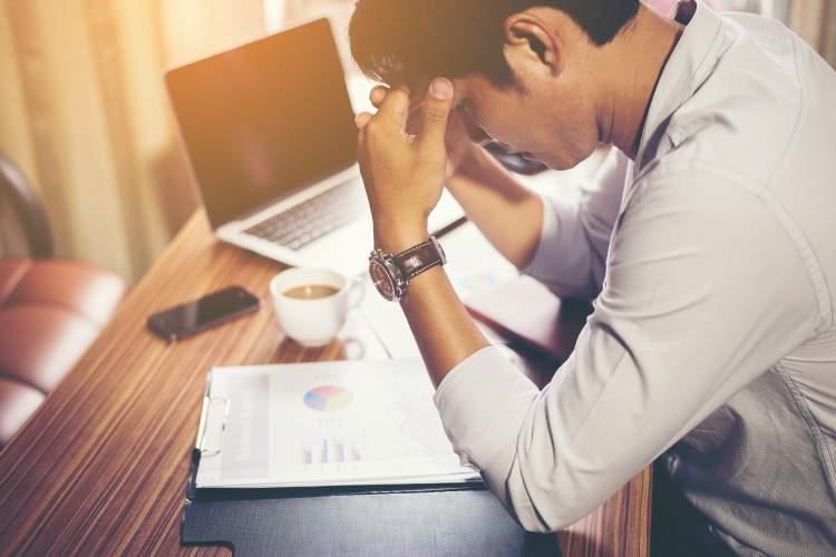 pscihoterapeute-ilgalaikis-stresas-veda-i-depresija