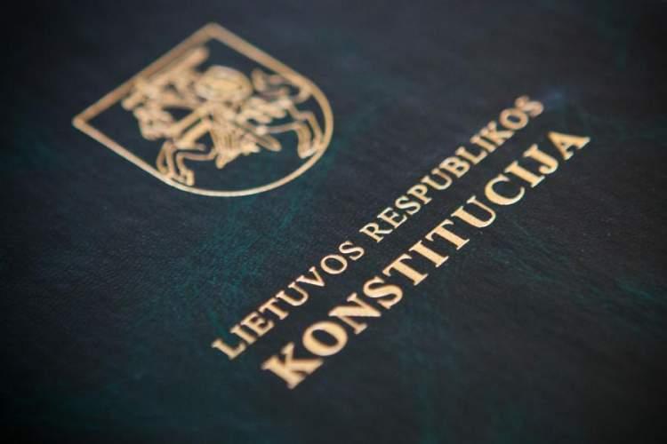 kaunieciai-kvieciami-pasitikrinti-konstitucijos-zinias