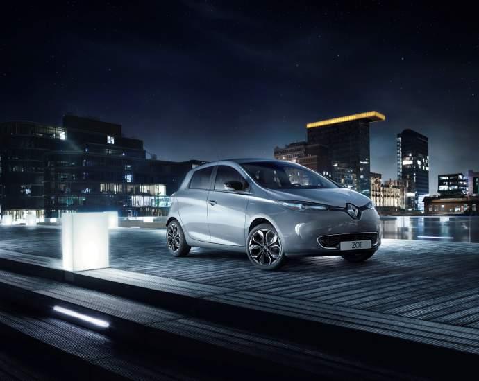renault-paryziaus-automobiliu-parodoje-120-metu-tvaraus-mobilumo