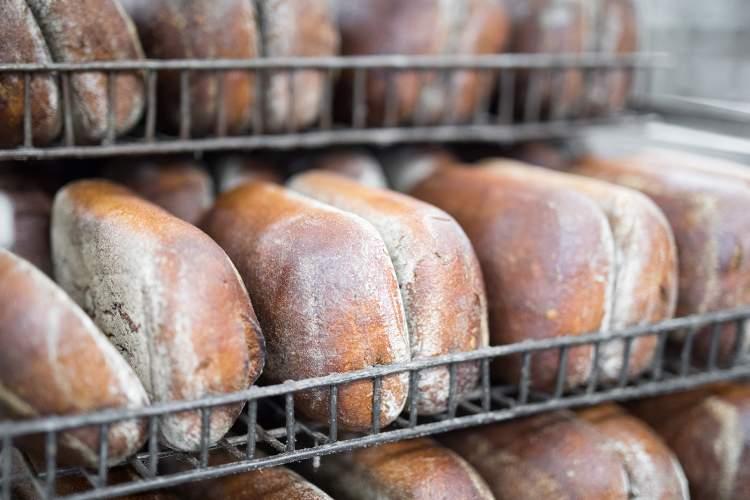 kaune-isikurusios-kepyklos-atstovas-apie-tai-ko-reikia-ieskoti-duonos-etiketeje