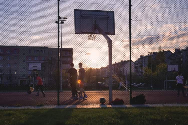 https://www.kaunieciams.lt/wp-content/uploads/2018/11/kauno-politikas-mazas-fizinis-vaiku-aktyvumas-seimos-ar-visos-visuomenes-reikalas.jpg