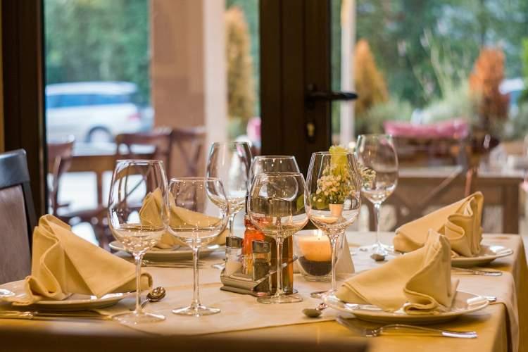 lietuvos-restoranu-kultura-smetonos-laiku-puotos-irmichelin-meistrai