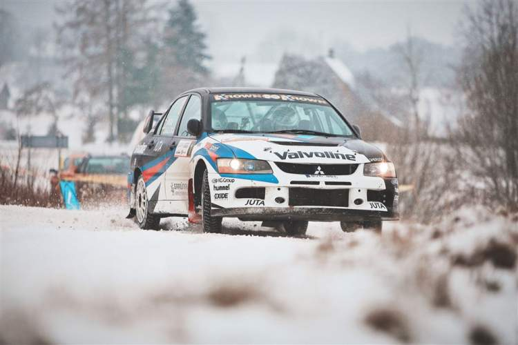 https://www.kaunieciams.lt/wp-content/uploads/2019/01/winter-rally-2019-dalyvaus-ir-kaunietis-vytautas-svedas.jpg