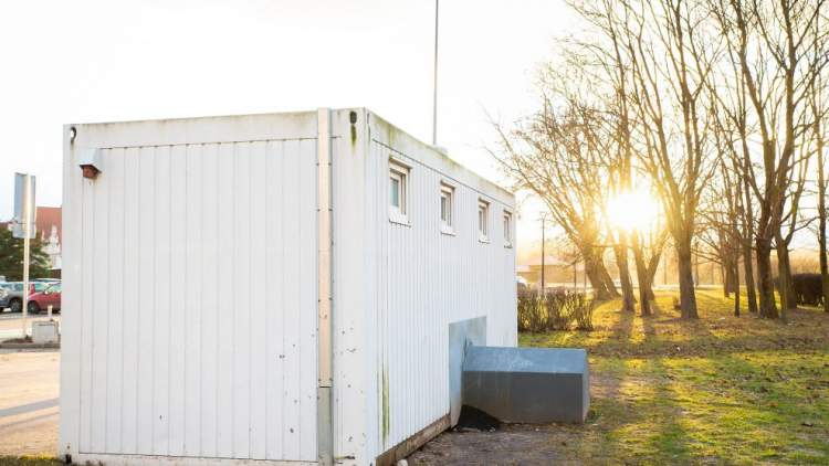 https://www.kaunieciams.lt/wp-content/uploads/2019/02/kaunas-atsisveikina-su-auksiniu-tualetu.jpg