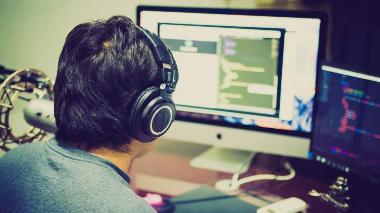 ktu-kviecia-programavimo-entuziastus-i-komandinio-programavimo-varzybas