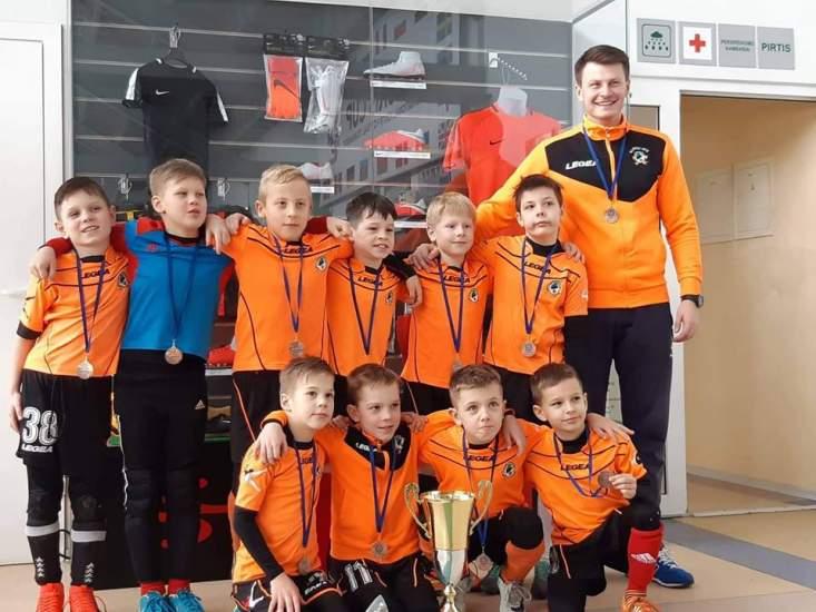 mazieji-kauno-futbolininkai-tarptautiniame-turnyre-iskovojo-bronza