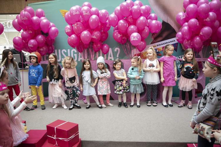 https://www.kaunieciams.lt/wp-content/uploads/2019/03/barbie-gimtadieni-lietuvoje-svente-gigantiskame-roziniame-vakarelyje.jpg