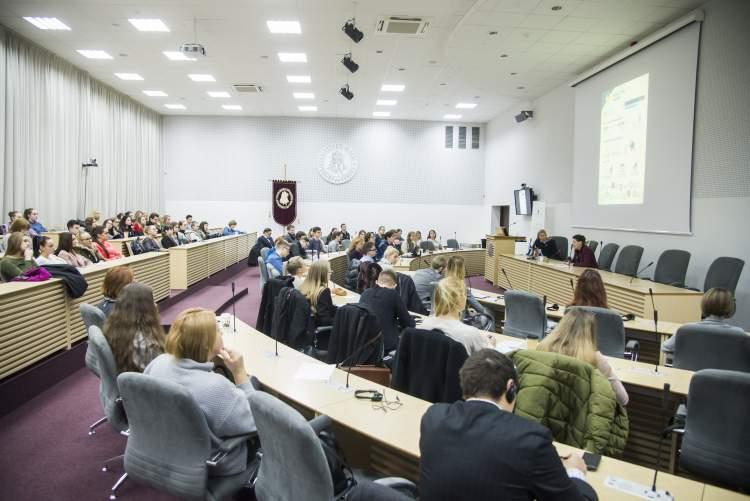 https://www.kaunieciams.lt/wp-content/uploads/2019/03/konferencijoje-kaune-globali-lietuva-ir-nacionalinis-saugumas.jpg