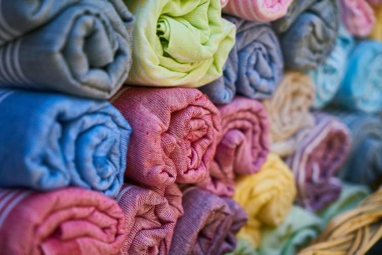 https://www.kaunieciams.lt/wp-content/uploads/2019/03/namu-tekstiles-ir-interjero-dizaino-tendencijos-kaip-pasitiksime-2019-m-pavasari.jpg