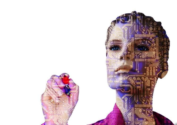 kauno-akademikai-paaiskina-kodel-dirbtiniam-intelektui-dazniausiai-suteikiami-moteriski-bruozai