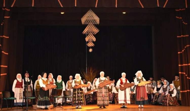 vienam-kauno-rajono-folkloro-ansambliu-20-metu