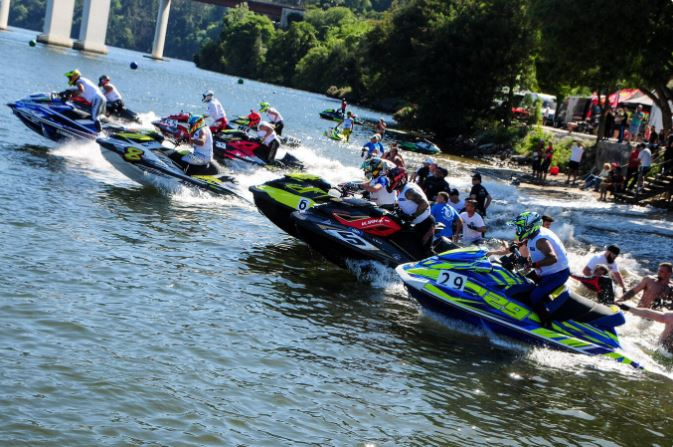 europos-vandens-motociklu-cempionata-kaunietis-pradejo-tarp-prizininku