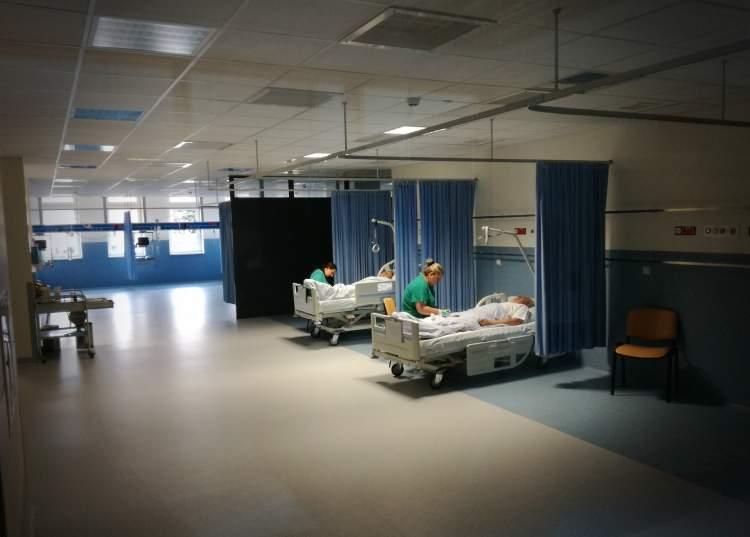 kauno-klinikos-slaugytojai-perspektyvus-bet-neivertinti