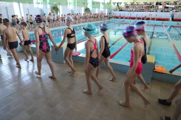 kauno-rajono-antrokai-igyti-pradiniai-plaukimo-ir-saugaus-elgesio-igudziai